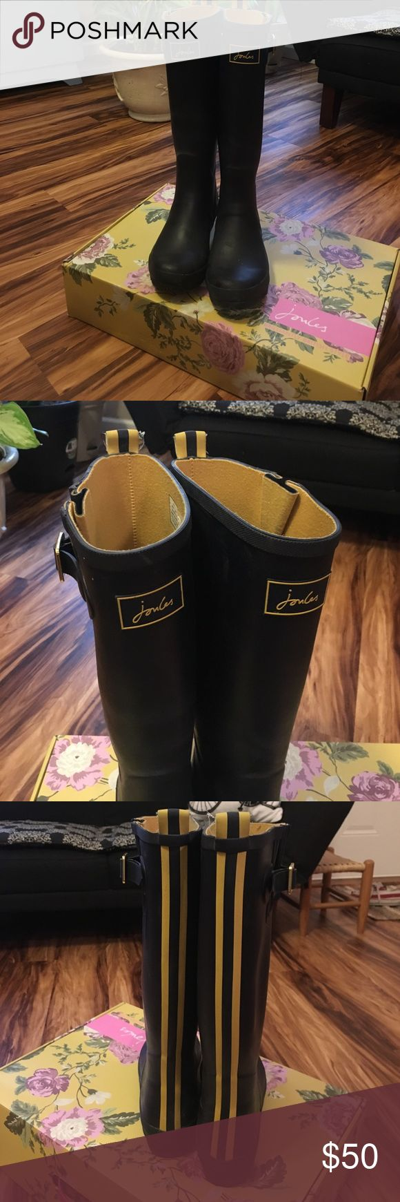 Joules navy and yellow rain boots Worn only a few times. Honestly too big for