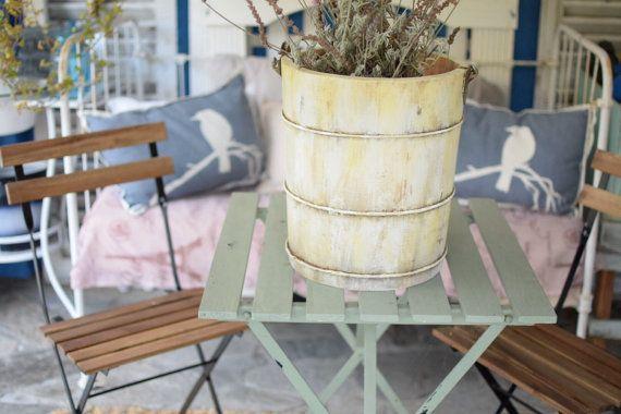 Vintage Hand Crank Ice Cream Maker Bucket Farmhouse Rustic Shabby Cottage Decor