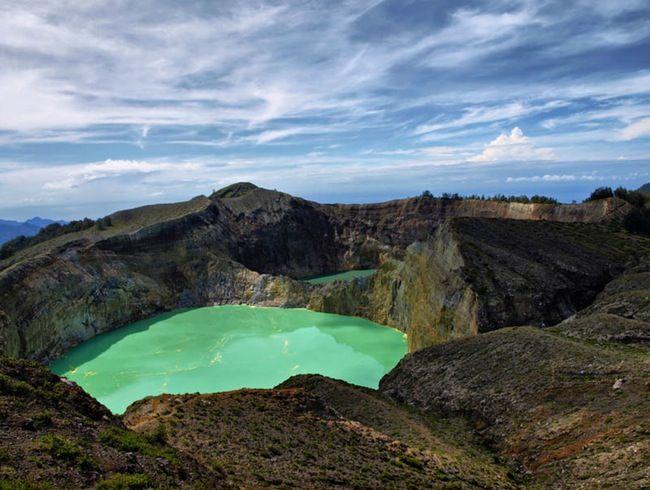 Epic Volcano Hikes Around the World: Taman Nasional Kelimutu