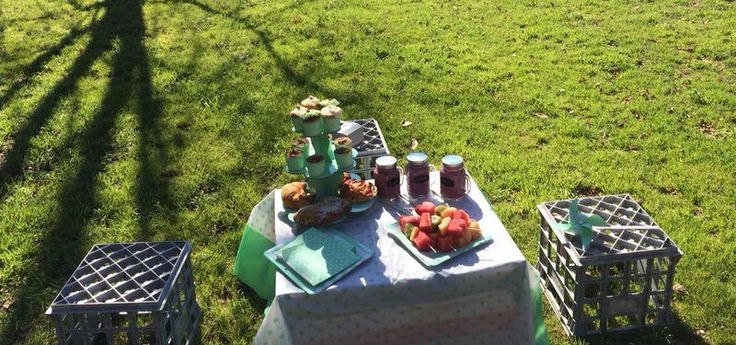 Cute little afternoon tea for the bridesmaids