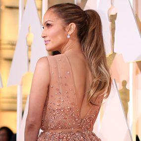 Oscars 2015 Best Looks - Jennifer Lopez - Golden Ponytail http://hairello.com/blog/best-looks-from-the-oscars-2015/