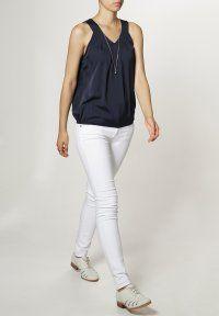 Vero Moda - RESTUM - Bluser - black iris