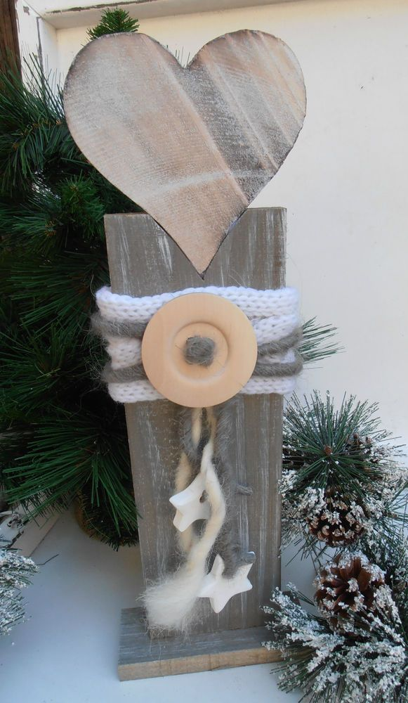 °^°HERZ auf Holzständer°^°Knopf Wollkordel Sterne Shabby Handarbeit Naturfarben