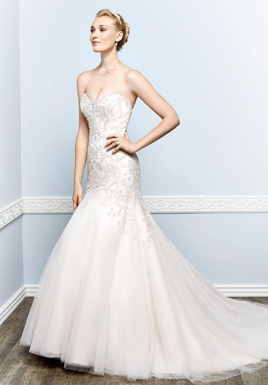 Mermaid silhouette with sweetheart neckline and dropped waist style | Kenneth Winston | https://www.theknot.com/fashion/1656-kenneth-winston-wedding-dress