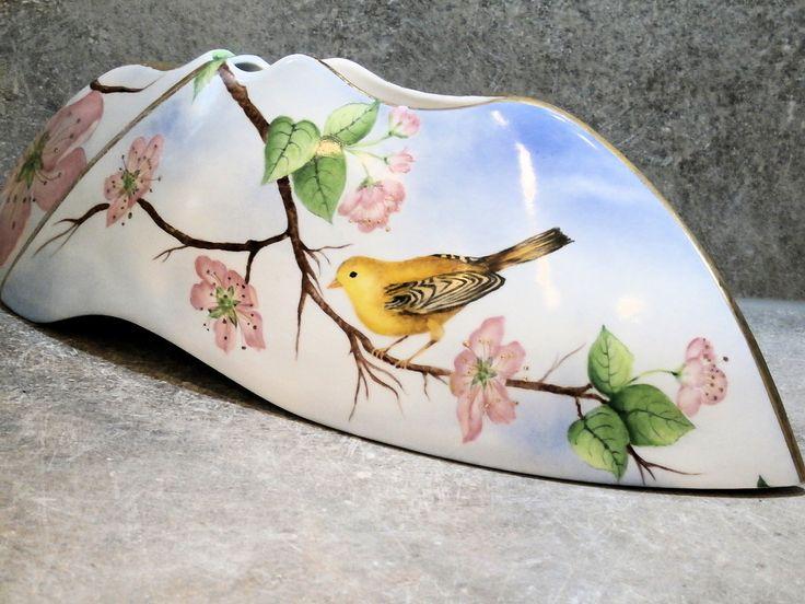 pommier du japon oiseau - vase 43cm pastel romantique - porcelaine fine peinte main dorée or fin LA DIVA PORCELAINE : Accessoires de maison par la-diva-porcelaine