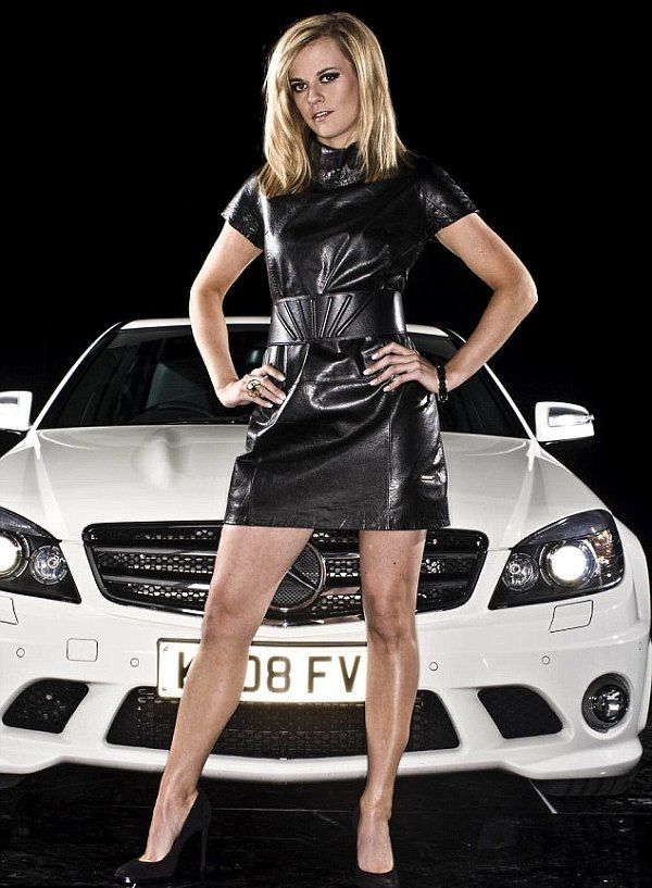 » The Hottest Female Race Car Drivers