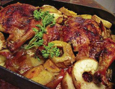 267 best jewish food images on pinterest jewish food israeli food rosh hashanah chicken with cinnamon and apples from metz cinnamon chickenapple chickenjewish recipeshanukkah recipesjewish foodcinnamon forumfinder Image collections