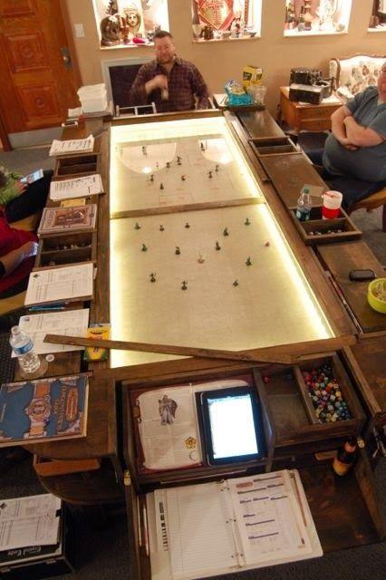Confraria de Arton: Mesa de RPG de vidro - uma ótima ideia