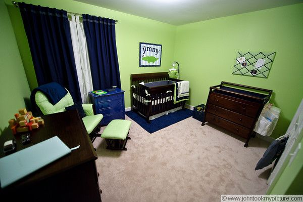 Alligator nursery complete.. Seriously?! Someone else has alligator blue and green themed nursery?!