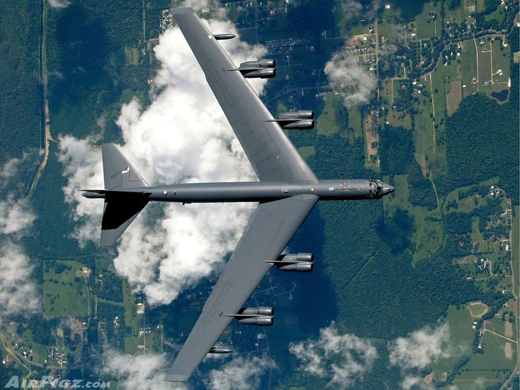 B-52 from Barksdale Air Force Base in Louisiana, as seen from another airplane - photo by Martt Clupper / AirPigz