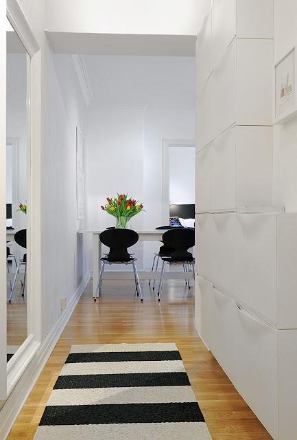 Black, White and wood : Interiors : Pinterest