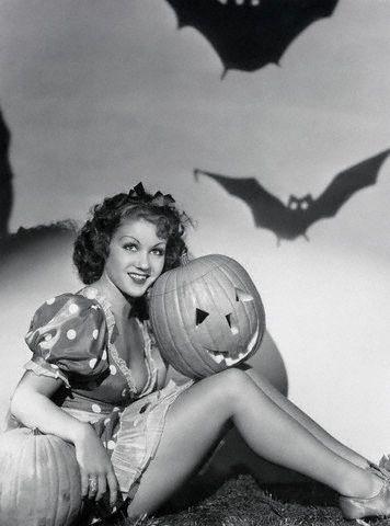 More Vintage Halloween Pinups