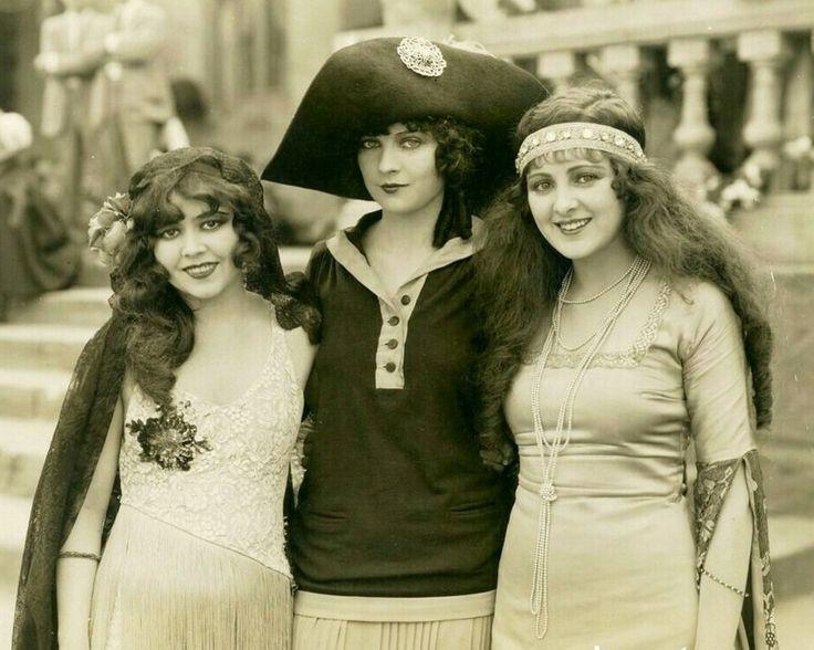 Ann Pennington, Jacqueline Logan and Billie Dove