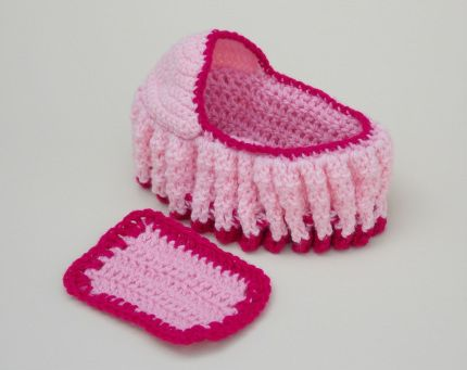 Crochet Baby Cradle Purse Pattern : Pin by Kathleen Ring on crocheting and some knitting ...