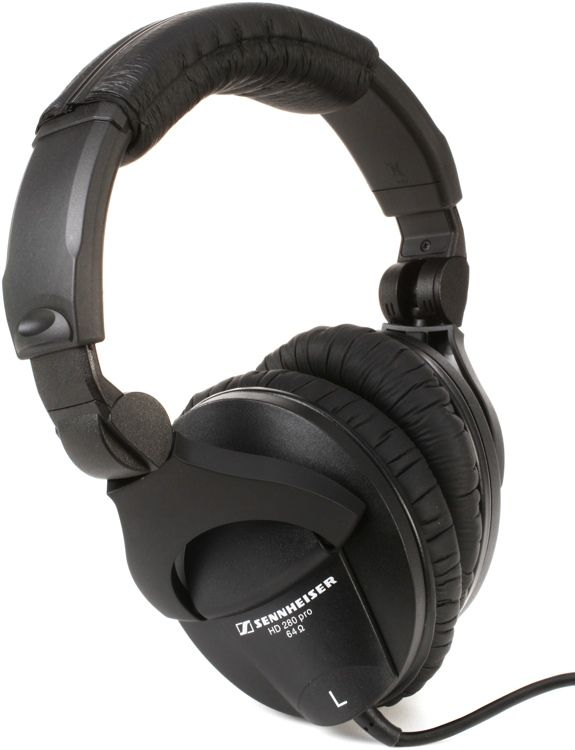 Closed-back Circumaural Headphones with Folding Design and 32dB of Acoustic Isolation