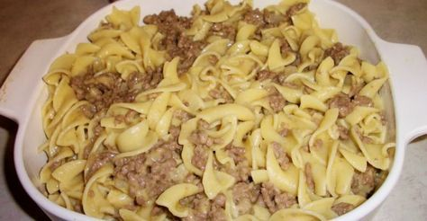 Old Fashioned Hamburger Noodle Casserole