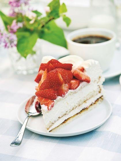 Nebíčko v papuľke: Jahodová torta so šľahačkou pre náročných
