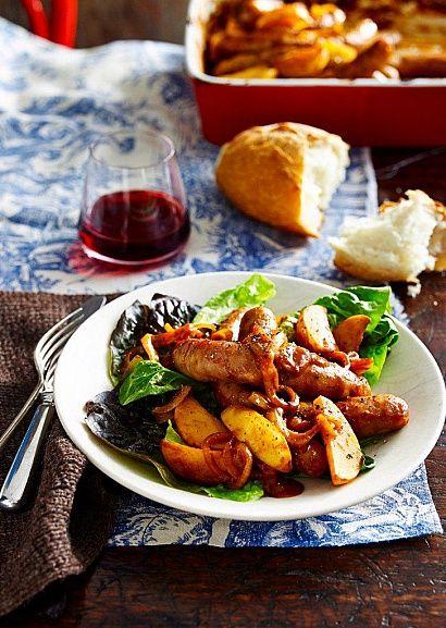 Рецепт домашних итальянских колбасок, запеченных под острым соусом