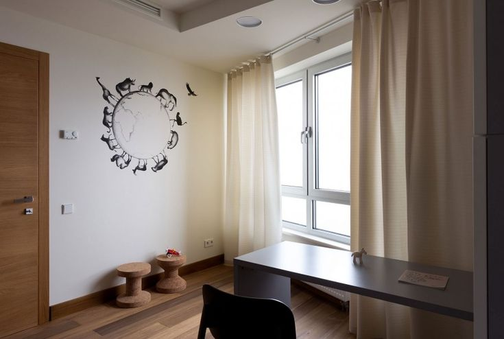 Apartment in Kiev by Irina Mayetnaya and Mikhail Golub | HomeDSGN #wall #painting
