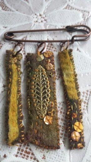 felt kilt pin brooch made by caroline anne shervill