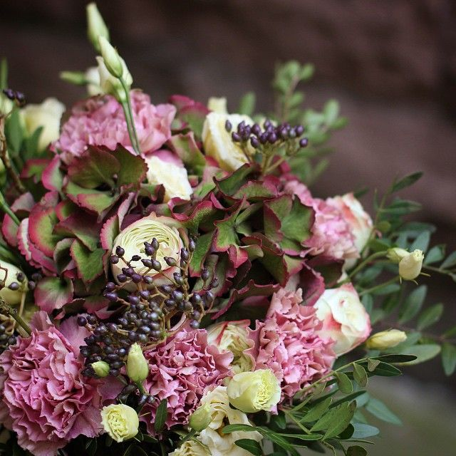 Hortensia and carnation bouquet / wedding flowers