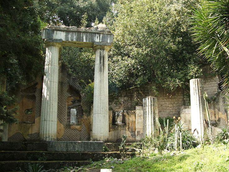 Reggia di Caserta, Campania, Italia. Il giardino inglese di Maria Carolina.