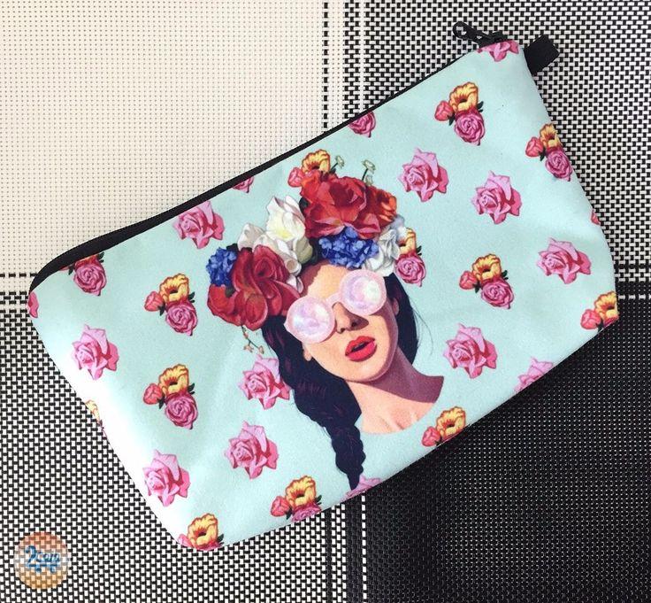 #bohochic Cosmetiquera o cartuchera (Diseños Exclusivos) 😱😱  ⋆⋆⋆⋆⋆⋆⋆  Compra tus productos en nuestra página  👉 www.2coin.com.co 👈  📦🚛 Envío Gratis *   💸💳 Diferentes medios de Pago  ⋆⋆⋆⋆⋆⋆⋆  #cosmetiquera #popart #artepop #diseños #carteras #regalosfaciles #regaloparamujer #paraminovia #labios #sexy #cartuchera #mimaquillaje #fashion #linda #lips
