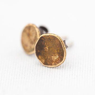 Dirty Gold earrings, 18kt