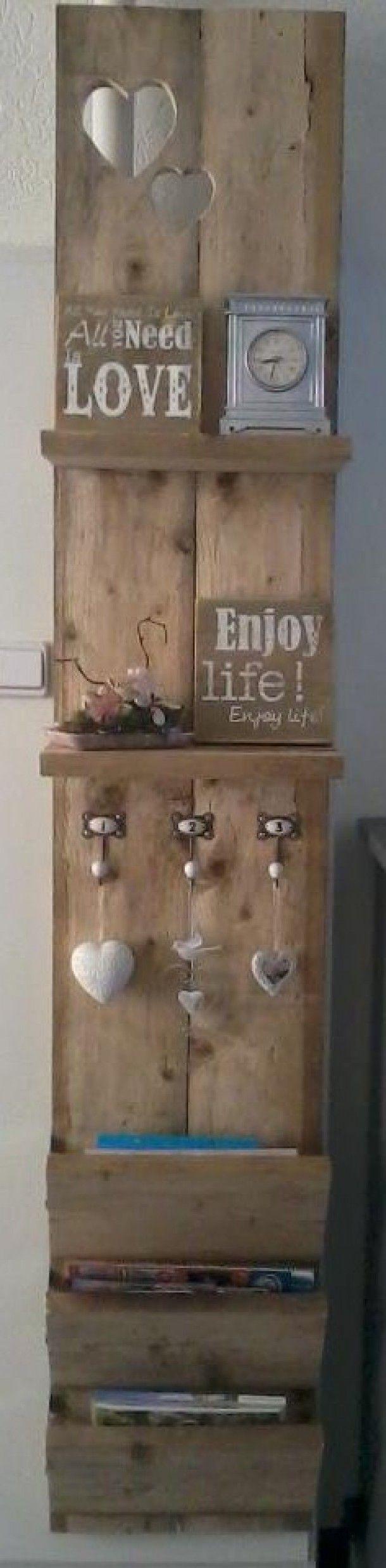Ideeën voor het interieur waar ik van hou | Mooi steigerhouten wandrek gemaakt door mijn lieve mannetje Door Ietje