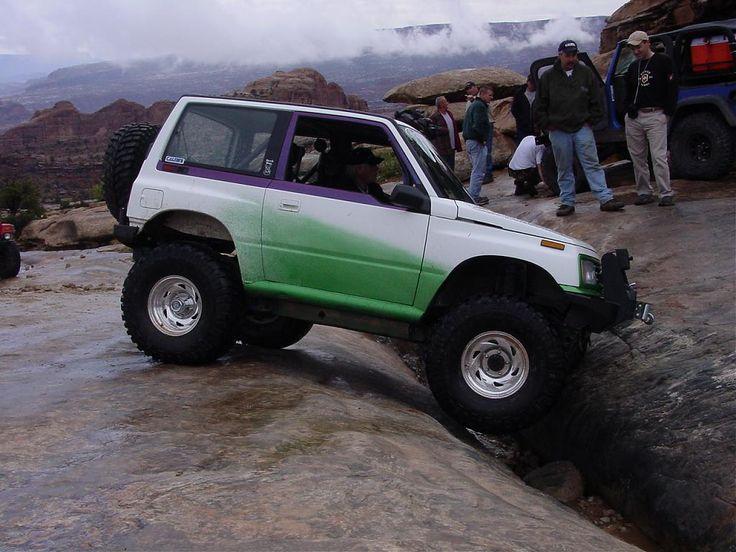 further Original in addition D Tracker Seat  patibility Back Seat furthermore S L as well Sidekick. on suzuki sidekick geo tracker 4 door