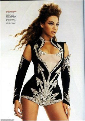 Beyonce stage costume - ideas for Latin dance outfit - salsa bachata cha cha rumba samba