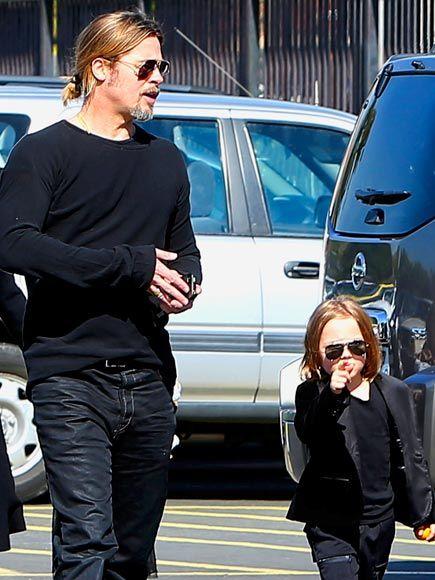 BRAD PITT & KNOX JOLIE-PITT photo | Brad Pitt