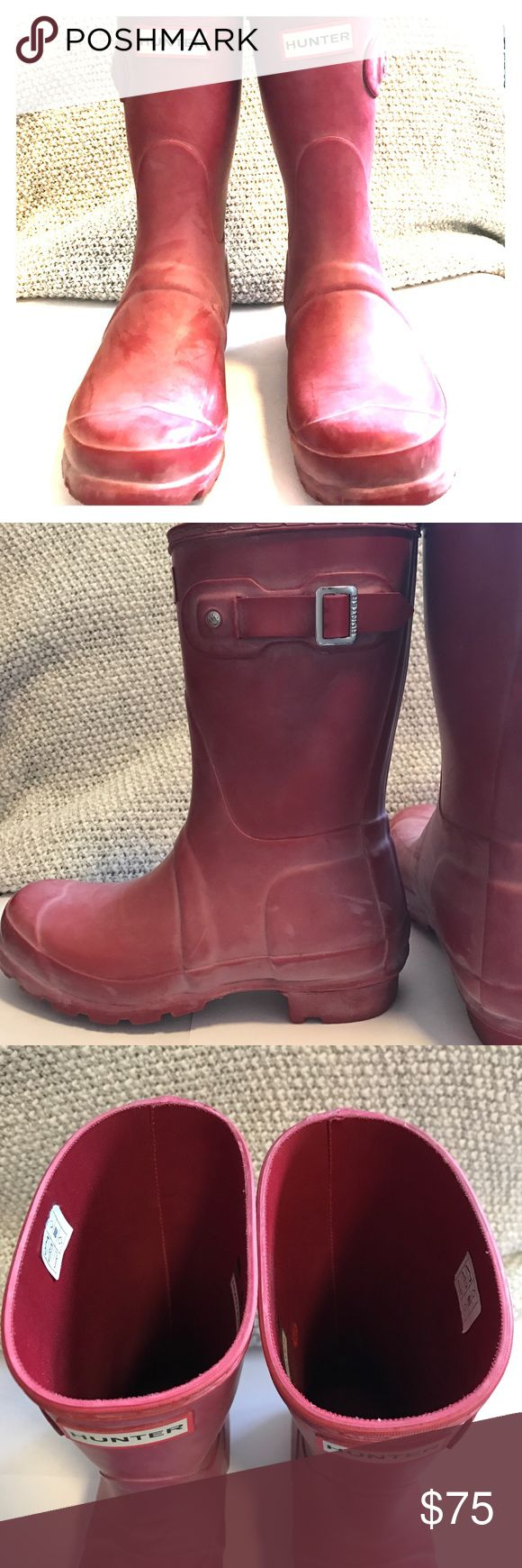 Short Military Red Hunter Boots Size 6, short military red Hunter rain boots. Sparingly worn over two seasons, with no damage to the outside of the boots. The inside sole is a bit scuffed, and they do have some discoloration from salt, but that can be washed away fairly easily. Hunter Shoes Winter & Rain Boots