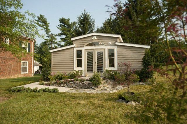 """Granny Pods"" Allow Elderly Family Members to Live In a High-Tech Backyard Cottage  - CountryLiving.com"