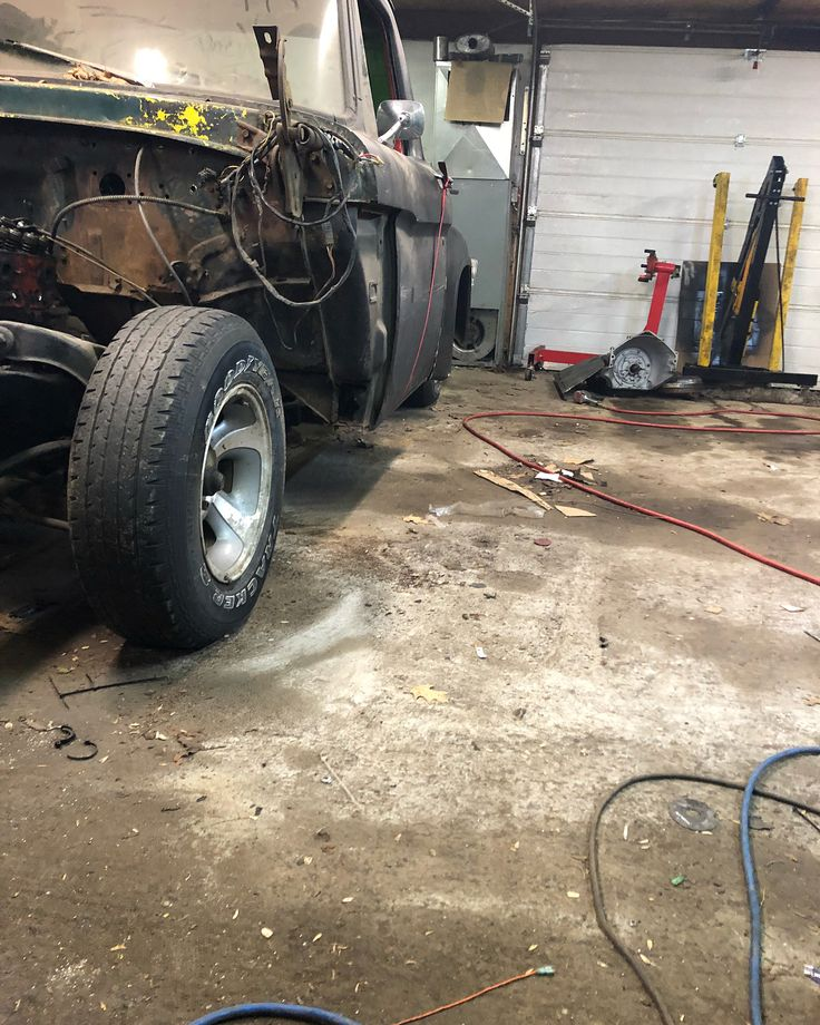 box bolted on checking out the ride height tonight  cut inner fender of box out to accommodate bigger tires #build #chevy #ford #mechanic #build #weld #cut #grind #shop #welding #project #fast