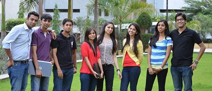 Business Schools like Symbiosis Center for Information Technology, that specialize in offering post graduate programs in the domain of IT always emphasize on their students learning from practical training as much as they stress on industry experts coming to interact with their students to ensure better learning.