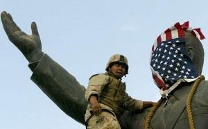 Bağdat'taki Son Amerikan Bayrağı İnerken… - http://www.turkyorum.com/bagdattaki-son-amerikan-bayragi-inerken/