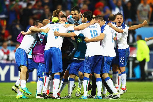 Italy players celebrate their second goal during the UEFA EURO 2016 Group E match between Belgium and Italy at Stade des Lumieres on June 13, 2016 in Lyon, France. #Giaccherini