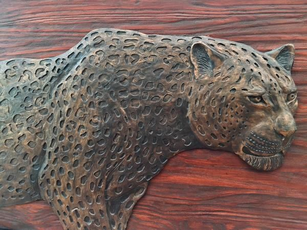 Leopard Head Sculpture. Wall Hanging. Hand Crafted. Wooden Frame: 1140x790mm Leopard Head M1 sculpture casting agent and stained wood. www.Goodieshub.com