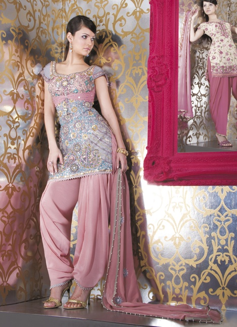 Indian Wedding, Indian wedding dress, wedding dress, bridal, wedding gown, India, Asian Bridal