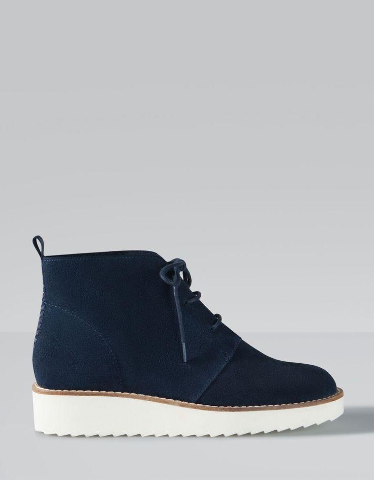 Lace up split suede ankle boots Stradivarius