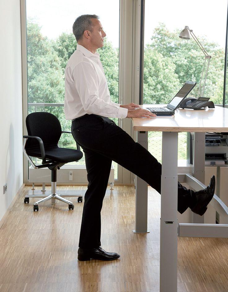 Flexgó: Sistemas de escritorios y mesas ajustables.   Estudios oficiales demuestran que más del 60% han presentado distintos dolores en el cuello, hombros, manos, brazos y espalda. Al poder variar posturas en el trabajo a lo largo del día y contar con un buen diseño del puesto de trabajo, descansos programados y realizar ejercicio, puede reducir los dolores de espalda y otras dolencias en más del 80%.  - The Source Public Mgmt Journal. Componentes con tecnología Linak. Imágenes Linak