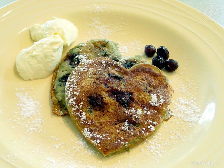 Honey Lemon & Blueberry Pancakes #dessert #breakfast #blueberry