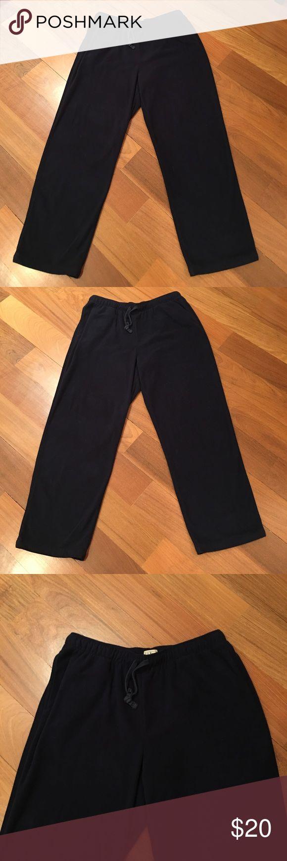Men's L.L. Bean Fleece Pants Size large tall. Black comfortable fleece pants. Has pockets L.L. Bean Pants Sweatpants & Joggers
