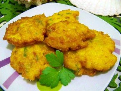 Receta de Tortitas de bacalao caseras  http://www.recetasconarte.com/receta-de-tortitas-de-bacalao-caseras/