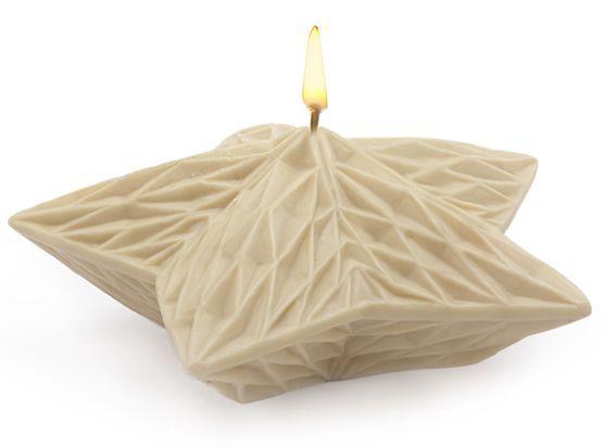 Molde para velas navideñas, Estrella Geométrica. http://www.granvelada.com/es/molde-velas-flores-flotantes/3652-molde-para-velas-navidenas-estrella-geometrica.html?utm_source=Pinterest&utm_campaign=HacerVelas&utm_medium=SOCIAL&utm_publish=RSS