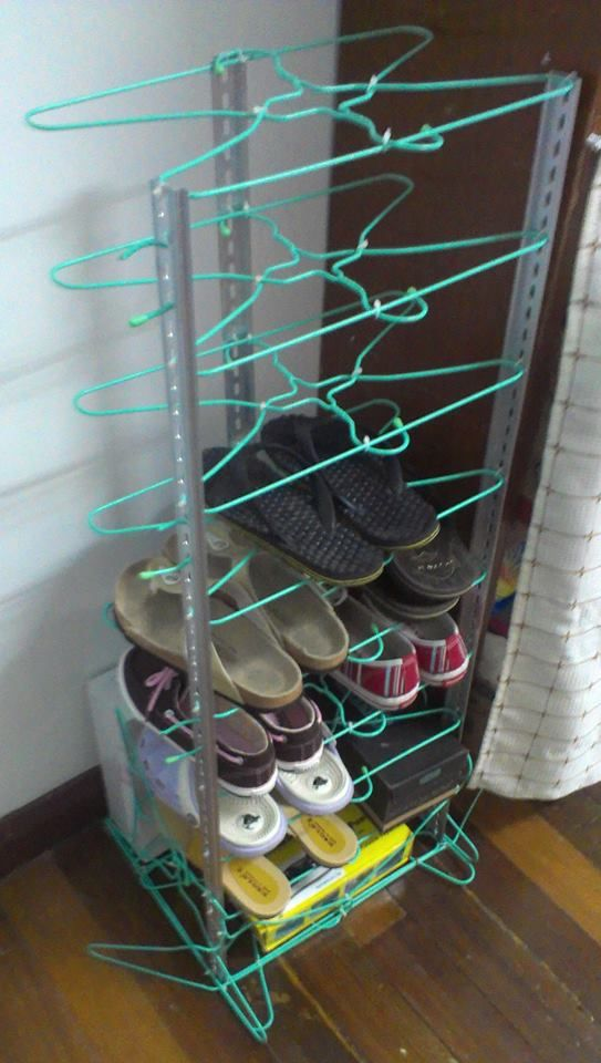 Shoes rack - made with cloth hangers and aluminum bar