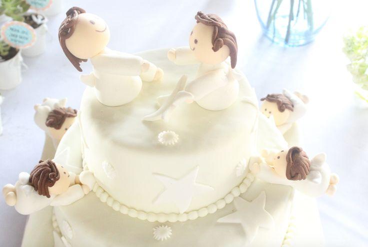 pastel de angeles primera comunión, decoración