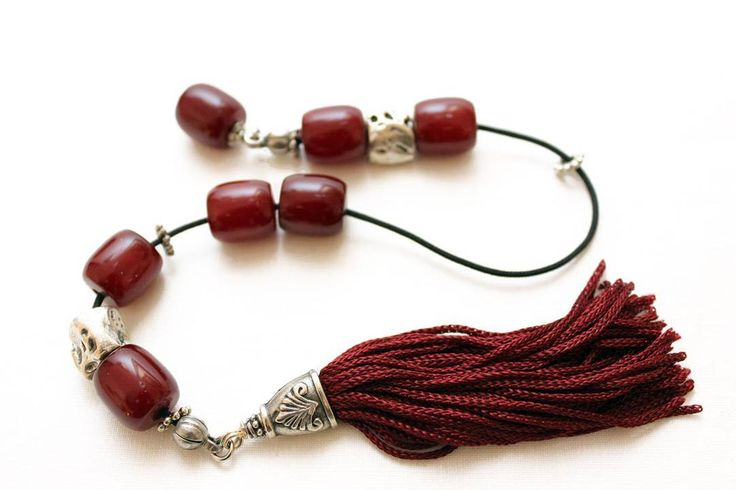 Begleri beads Burgundy color resins beads Handmade Tassel Relaxation Elegant gift. Follow @alterdeco.eu for awesome Handcrafted Accessories. You can get 10% OFF with the discount code INSTA10. Link is in the bio @alterdeco.eu  #begleri #worrybeads #greece #greeks #greekbegleri #greekworrybeads #greekbeads #madeingreece #greekgift #birthdaygift #giftformen #giftfordad #fathergift #boyfriendgift
