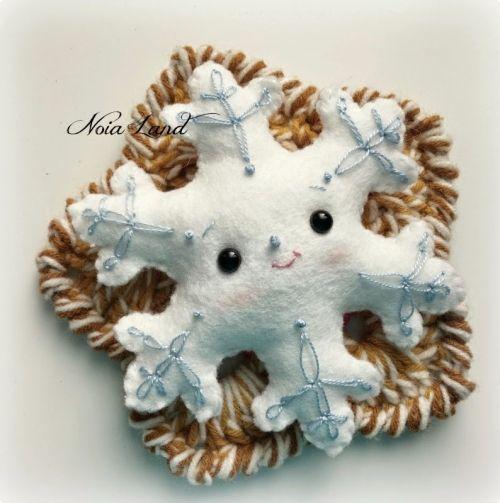 снежинка из фетра своими руками, мастер-класс новогодней игрушки снежинки, выкройка снежинки, handmade toy